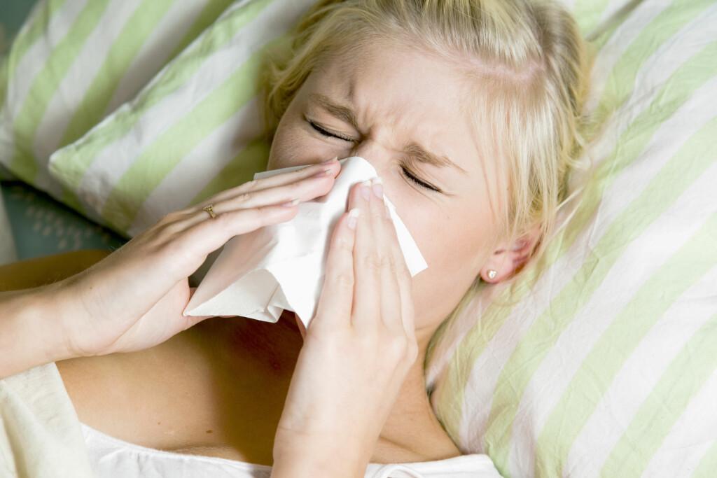 TETTE BIHULER: Mange nordmenn plages med bihulebetennelse, og det kan være svært smertefullt. Men det finnes hjelp. Foto: NTB Scanpix/Shutterstock