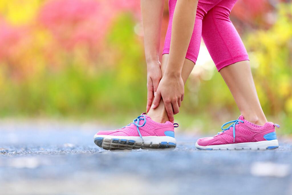 OVERTRÅKK: Som regel skjedd en delvis overriving av ligamentet på utsiden av ankelen som går fra den benete knokkelen på utsiden av ankelen til nærmeste fotrotsknokkel. Foto: NTB Scanpix