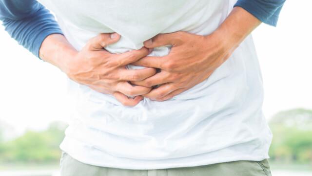 kraftig puls i magen