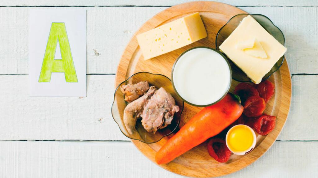 MATKILDER TIL VITAMIN A: Fet fisk, lever, egg og melkeprodukter er rike på vitamin A. I gulrot finnes mye beta-karoten som omdannes til vitamin A. Foto: NTB Scanpix/Shutterstock
