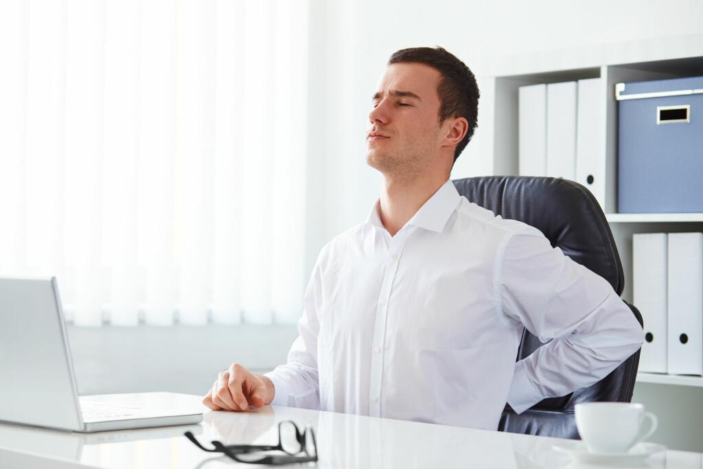 HALEBEINSSMERTER: Det kan gjøre vondt å sitte, spesielt på harde overflater. Foto: NTB Scanpix