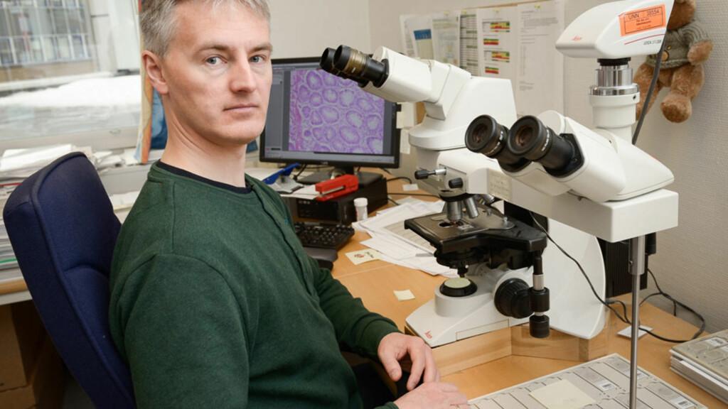 Sveinung Wergeland Sørbye er en av Norges fremste når det gjelder HPV-vaksine og forebygging av livmorhalskreft. Foto: UNN