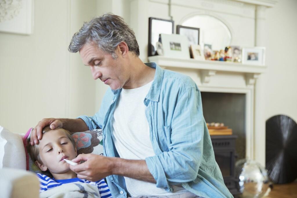 10 DAGER: Har du ett eller to barn, kan du være hjemme fra jobb med syke barn i 10 dager. Foto: All Over Press