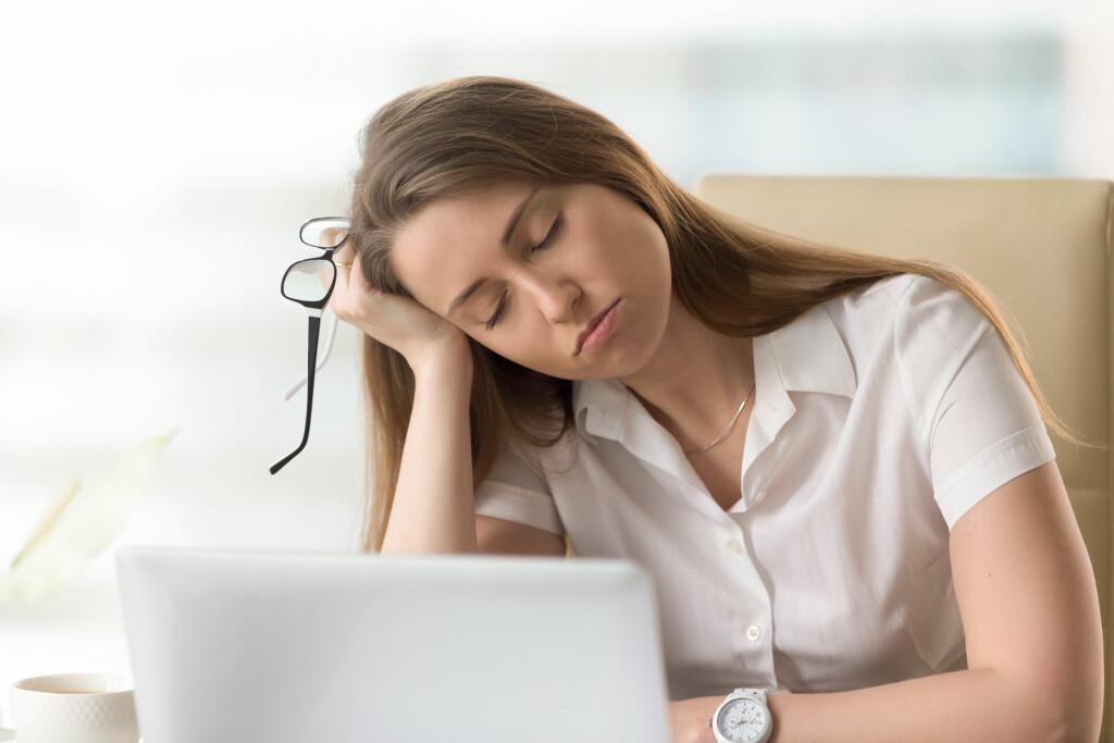 Symptomer på for lite søvn: Lite søvn fører til at man blir trøtt, ukonsentrert og ufokusert Foto: NTB Scanpix
