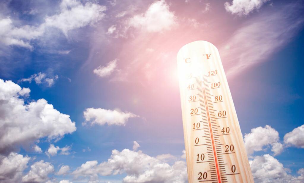 VARME OG HETESLAG: Sol og høy temperatur kan medføre heteslag hvis du ikke tar tar forholdsregler. Foto: NTB Scanpix / Shutterstock