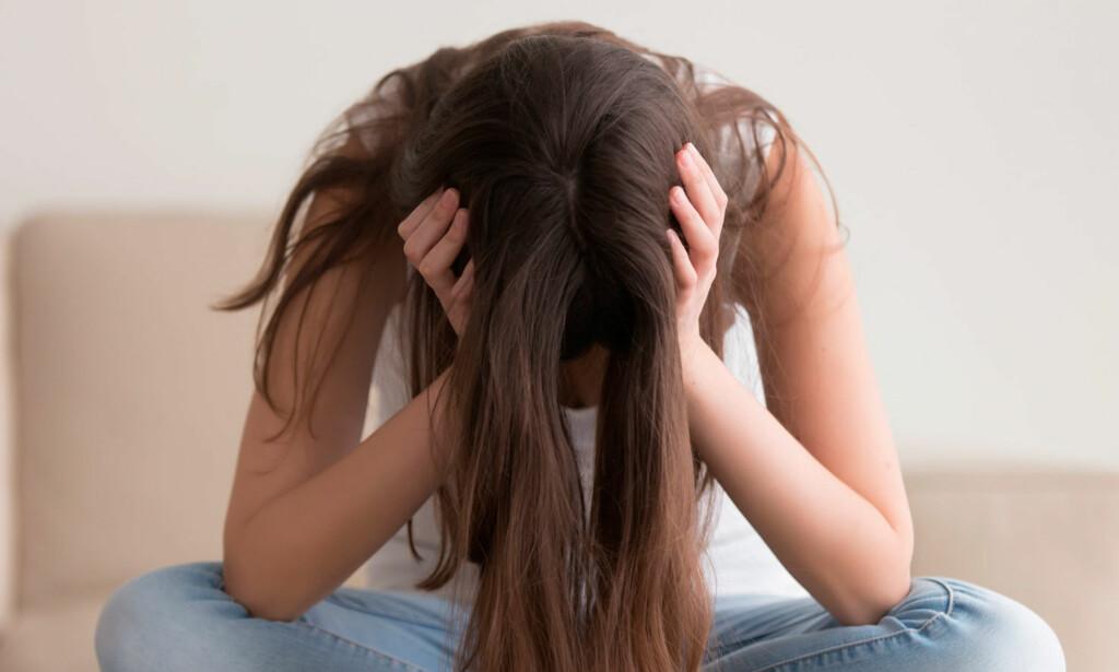 NERVØSITET: Du er i en stressituasjon, pulsen og blodtrykket øker, du kan svette og bli svimmel. Og alt er faktisk helt normalt. Foto: NTB Scanpix / Shutterstock