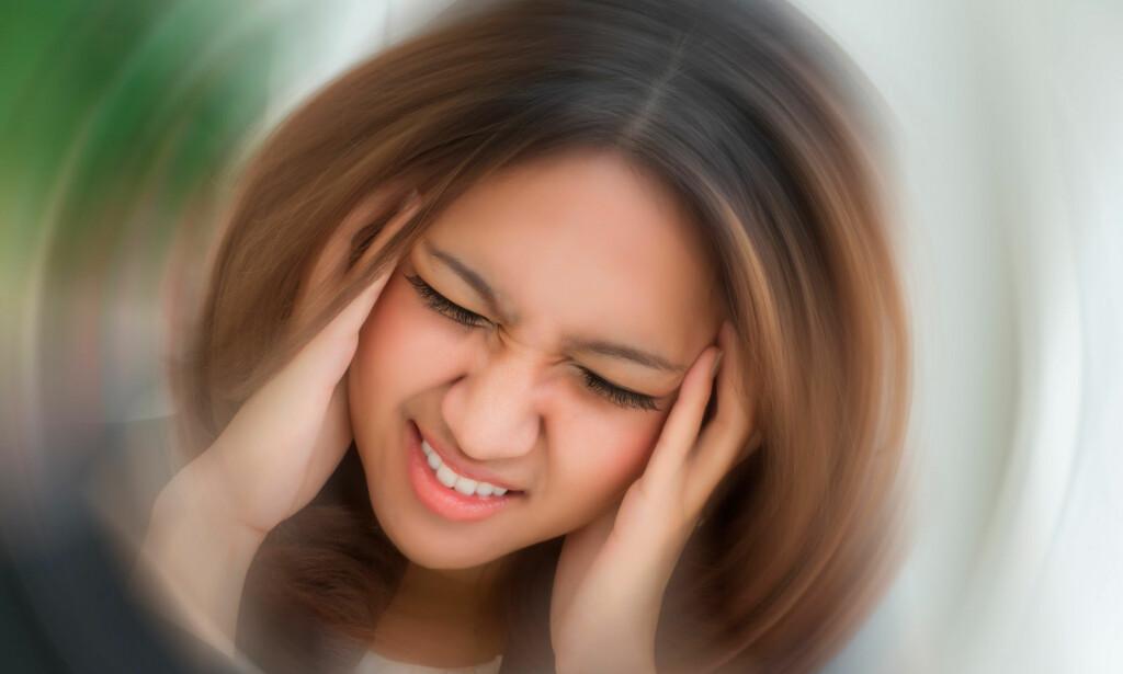 KRYSTALLSYKE: Vanlig årsak til akutt svimmelhet. Tegn er svimmelhet, ustøhet, og kvalme. Dreining av hodet kan fremkalle symptomer. Foto: NTB Scanpix/Shutterstock