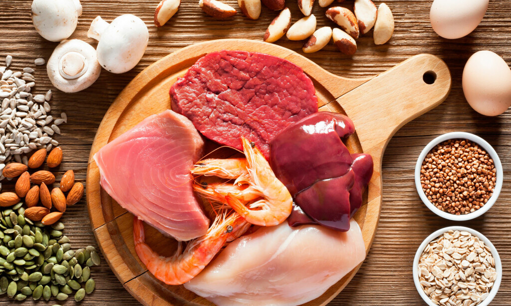 MAT MED SELEN: Mat som inneholder mye selen er fisk, skalldyr, egg og forskjellige typer av innmat. Foto: NTB Scanpix / Shutterstock