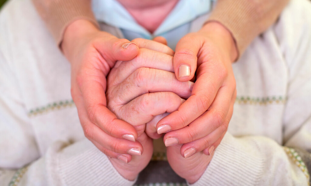 HJELP FOR PARKISONS SYKDOM: Det finnes ingen kur for parkinson, men det finnes medisiner som gjør symptomene mildere. Foto: NTB Scanpix/Shutterstock
