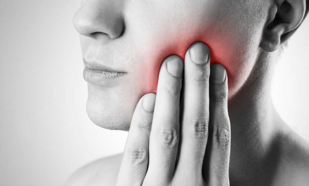 VONDT I MUNNEN: Smerter fra tennene kan ha ulike årsaker. Foto: NTB Scanpix/Shutterstock