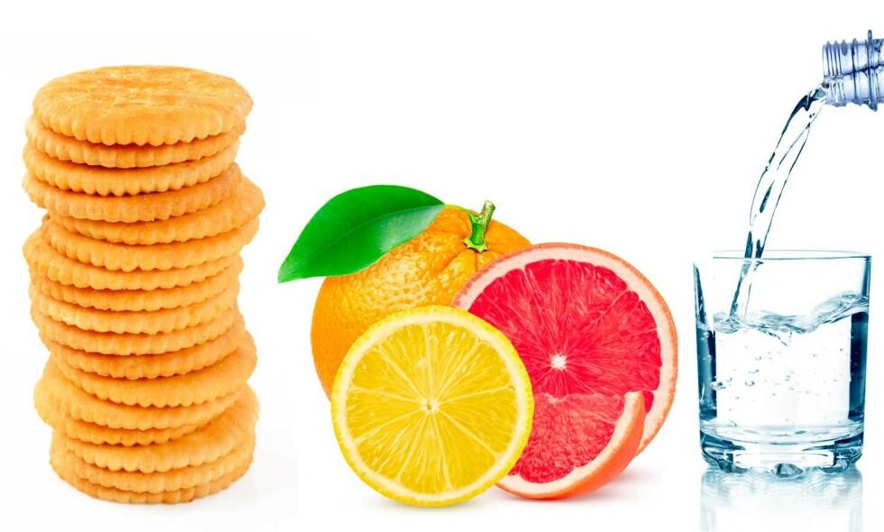 JA-MAT: Salte kjeks, syrlig frukt og vann er mat man ofte klarer å spise, selv om man er litt kvalm. Foto: NTB Scanpix/Shutterstock