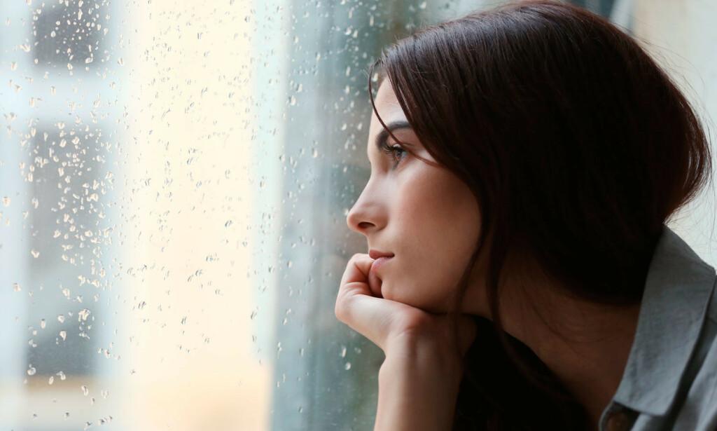 KRONISK LETT DEPRESJON: Symptomene er at man føler seg trett, har lite energi og kan slite med søvn. Foto: NTB Scanpix/Shutterstock