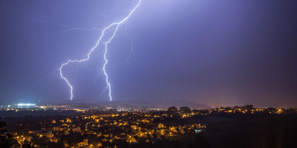 image: Slik beskytter du deg mot lyn og torden