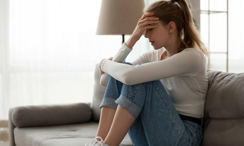 UNIPOLAR LIDELSE: Den psykiske lidelsen er blant annet kjennetegnet av et depressivt stemningsleie og gledesløshet over tid. Foto: Shutterstock / NTB Scanpix