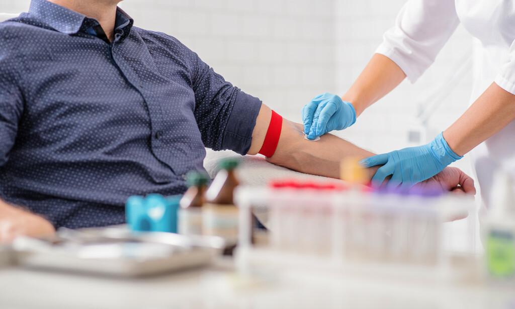 KOLESTEROL: Man sjekker kolesterolnivået gjennom en blodprøve. Foto: Shutterstock / NTB Scanpix