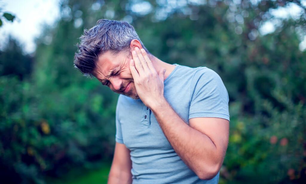 ØREVERK: Behandling avhenger av årsaken bak smertene. Foto: Shutterstock / NTB Scanpix