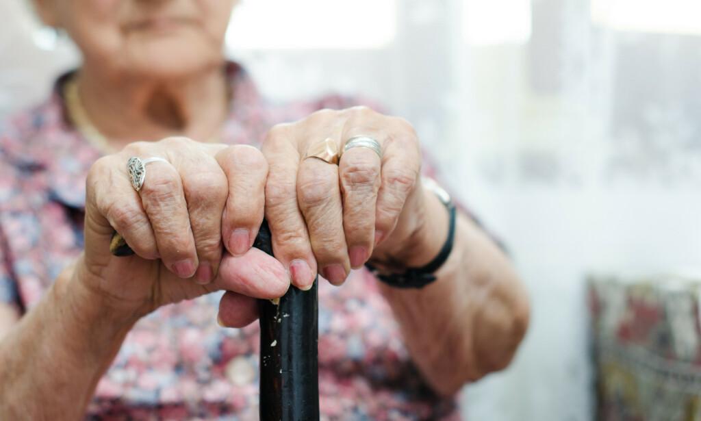 ELDRE: De over 65 er mer utsatt for å bli alvorlig syke av coronaviruset. Foto: Shutterstock / NTB Scanpix