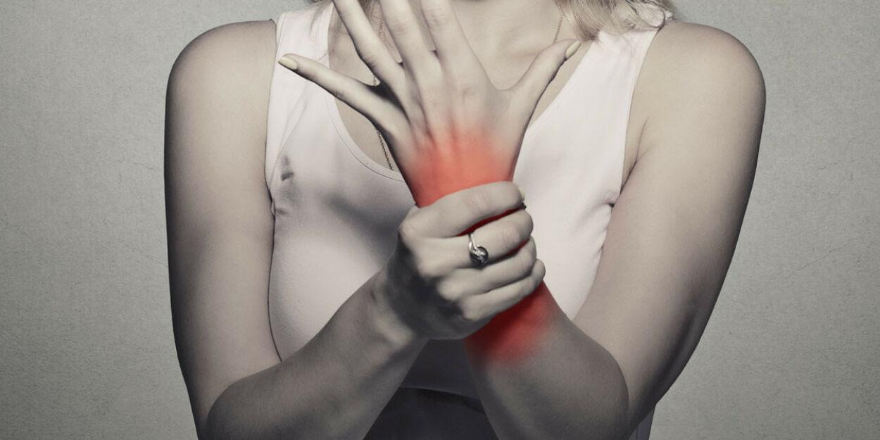 image: Hypermobile ledd, diffuse plager og blodprøvesvar