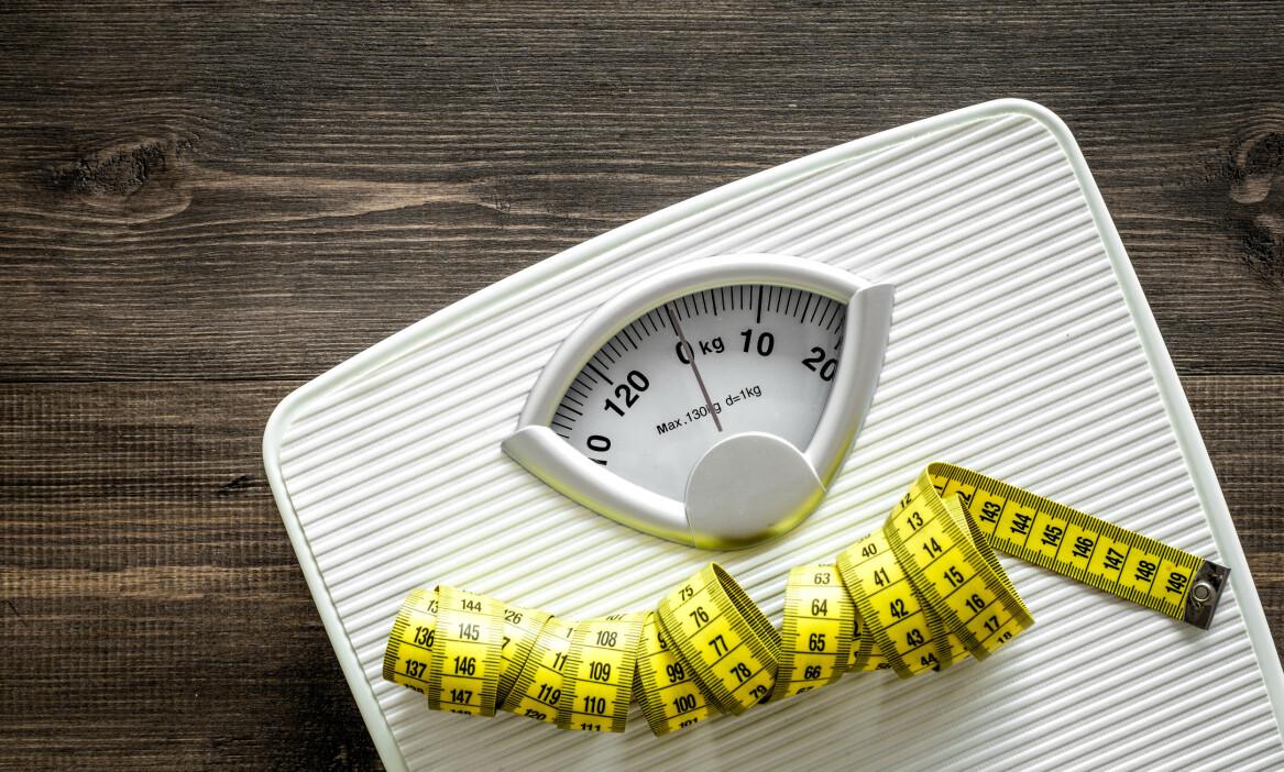 VEKT: Overvekt er et økende problem, både i verden og i Norge. Foto: 9dream studio / NTB