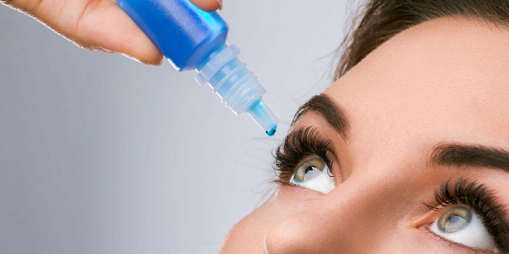 image: Plager med tørre øyne. Hva hjelper?