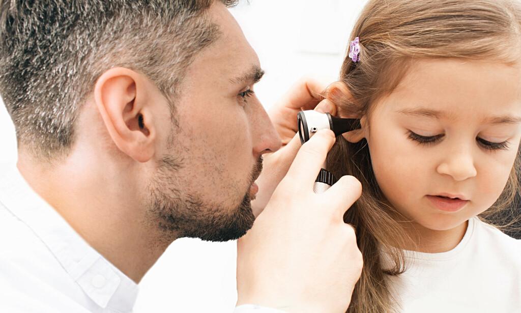 ØREBETENNELSE HOS BARN: Ørebetennelse er en vanlig tilstand hos særlig små barn. Foto: Peakstock / NTB