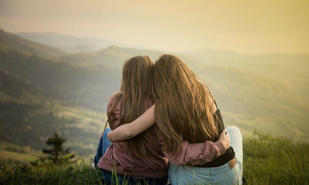RAUSHET OG OMSORG: Vær nysgjerrig, lær om ADHD og forstå hvordan symptomene påvirker din venn. Foto: Norb_KM / Shutterstock / NTB